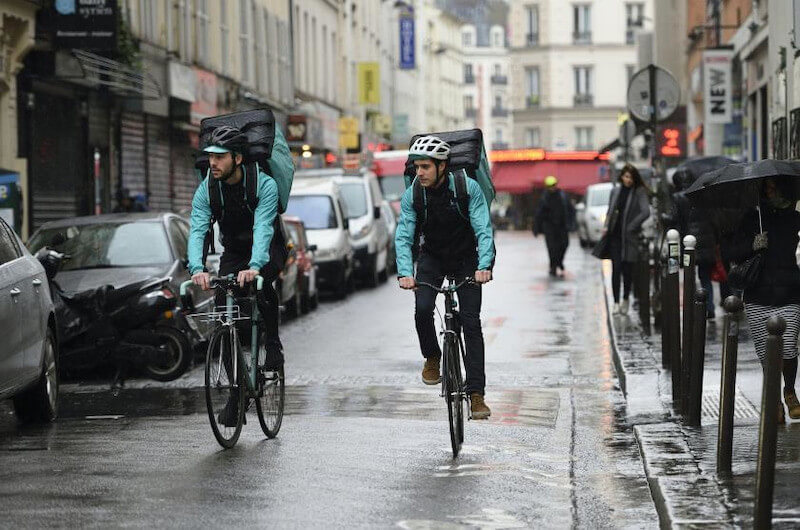 Uber Eats配達バイト雨の日に稼げるイメージ