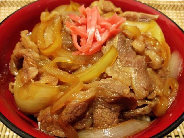 広島エリアにある有名な牛丼・カレー・丼もの屋さん
