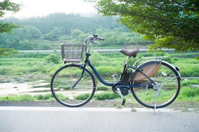 ウーバーイーツ電動自転車ママチャリタイプ